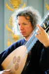 150theorbo